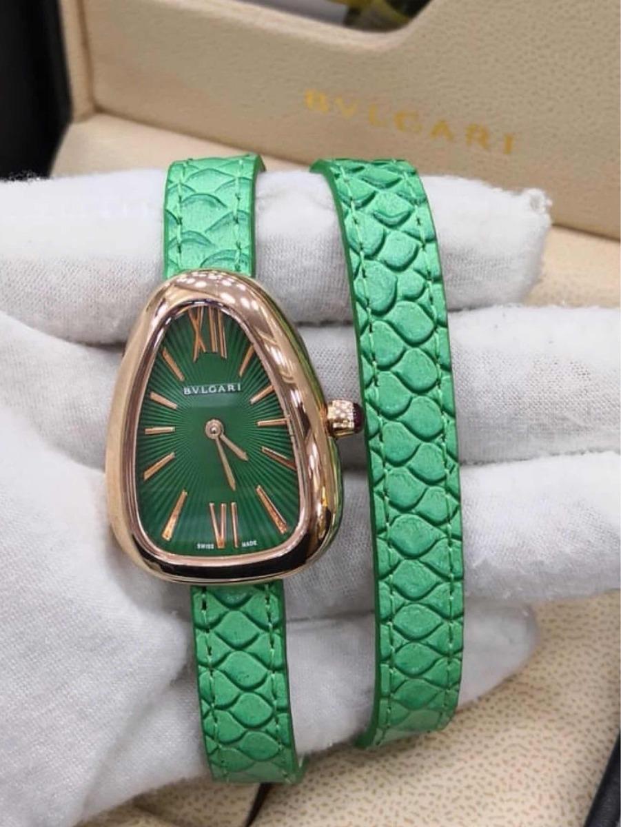 164585a0ed2 relógio bvlgari serpenti pulseira verde couro. Carregando zoom.