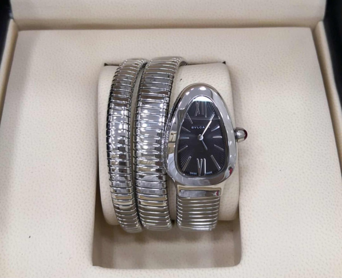 611e9f2aefd Relógio Bvlgari Serpenti Várias Cores Pronta Entrega - R  899