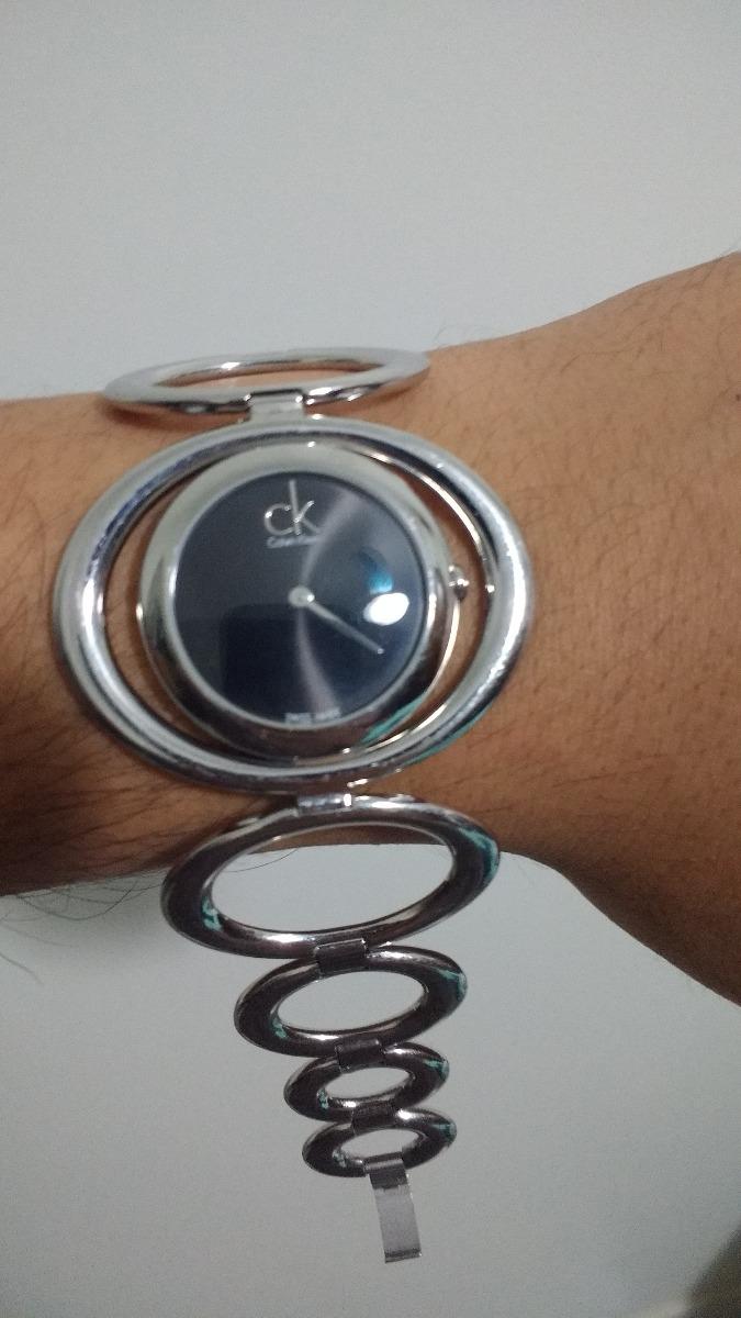 9143b1501a0 Relógio Calvin Klein Semi Novo Para Conserto Abaixei Valor - R  50 ...