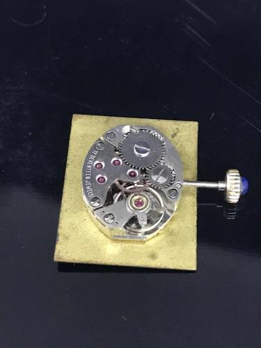 relógio cartier tank antigo prateado ( funciona e para) c08