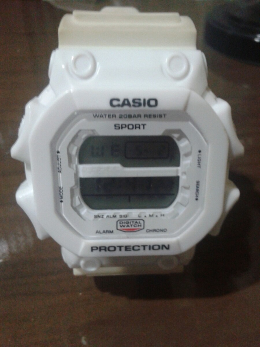 35eae561436 relógio casio branco sport protection. Carregando zoom.