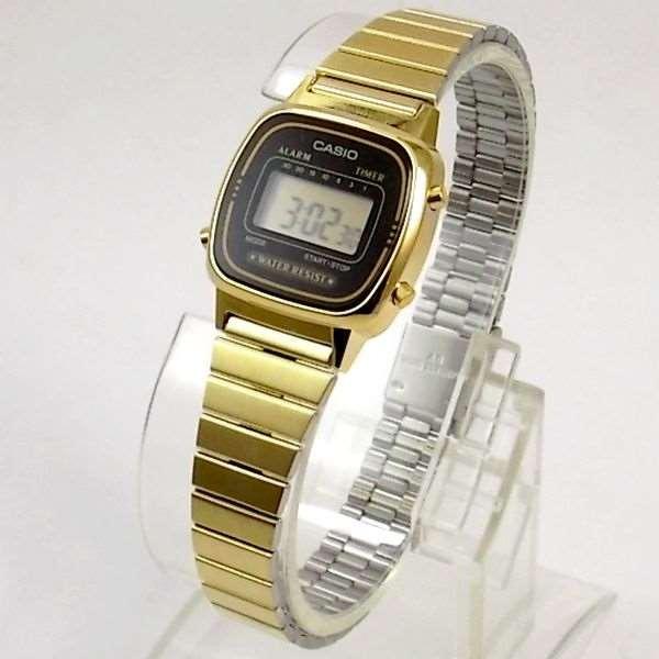 ba54fa3ac13 Relógio Casio Feminino Mini Dourado Retro La670wga-1df - R  219