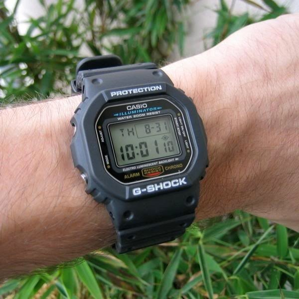 2d70ade8fed Relógio Casio Masculino G-shock Dw-5600e 1vdf Digital Oferta - R ...