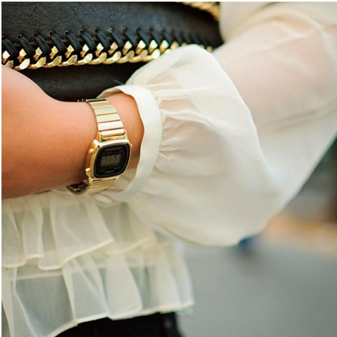 ff60fa7173c relógio casio vintage feminino dourado digital original. Carregando zoom.