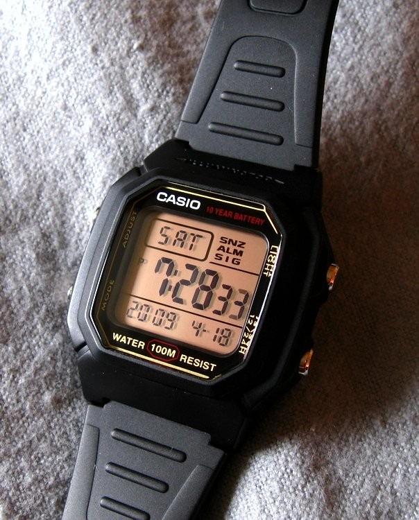 21a4f456800 Relogio Casio W 800h Resina Serie Ouro 100m Alarme W800 - R  134