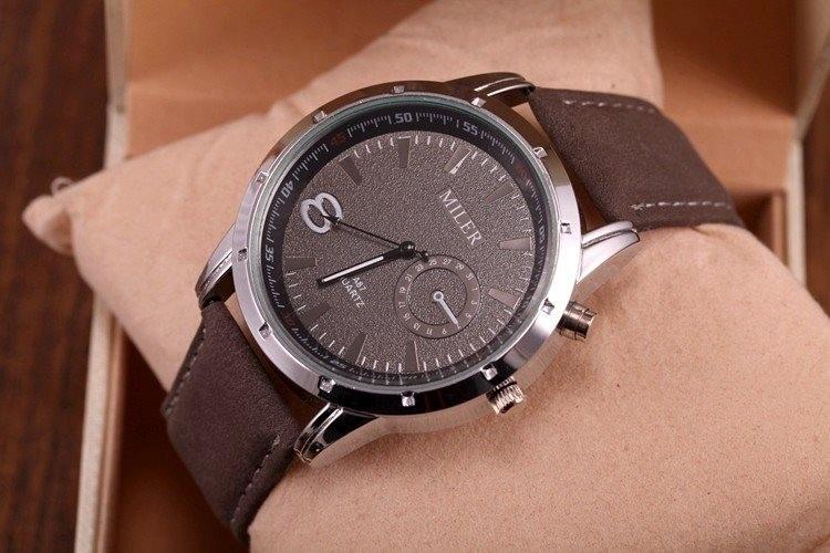 b9ca571b390 Relógio Casual De Pulso Masculino Homem Charmoso Elegante - R  44