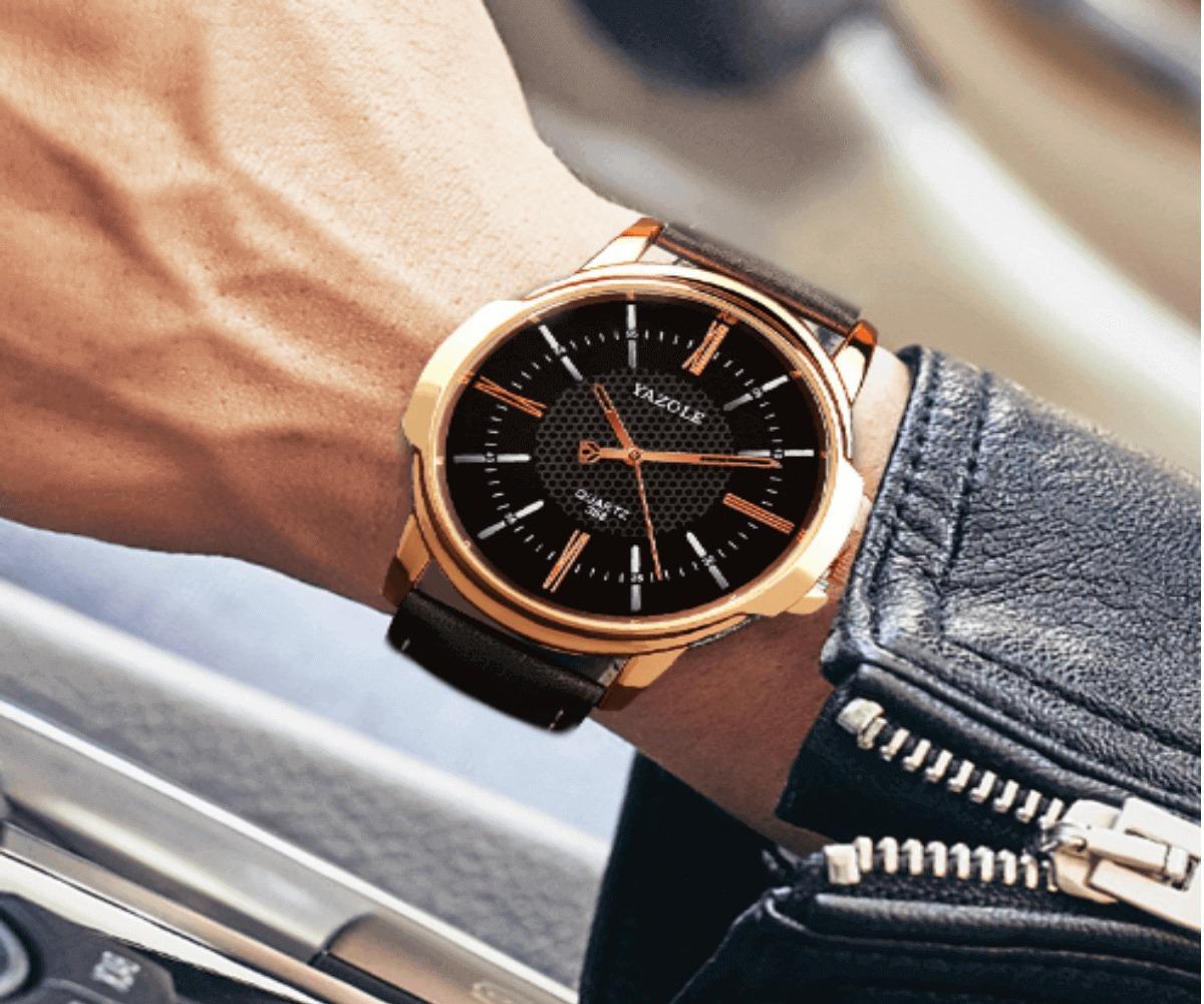 e697f54eb68 Relógio Casual Social Masculino Yazole Pulseira Couro Quartz - R  89 ...