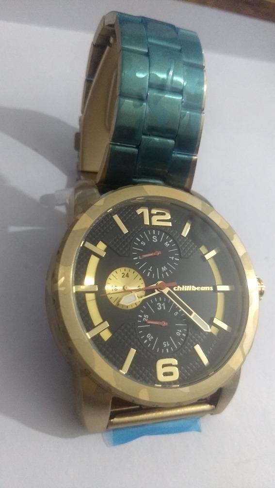 708ff1c6480 relógio chillibeans dourado grande top. Carregando zoom.
