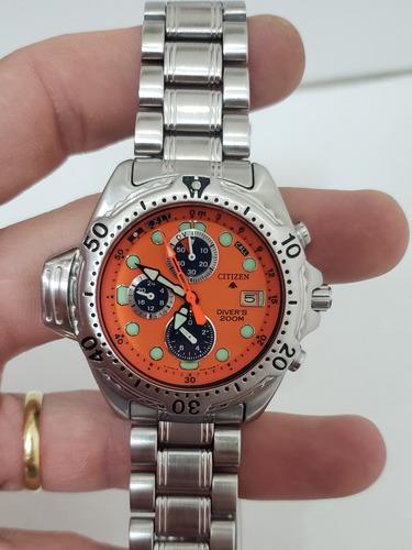 relógio citizen aqualand jp3740 fundo laranja