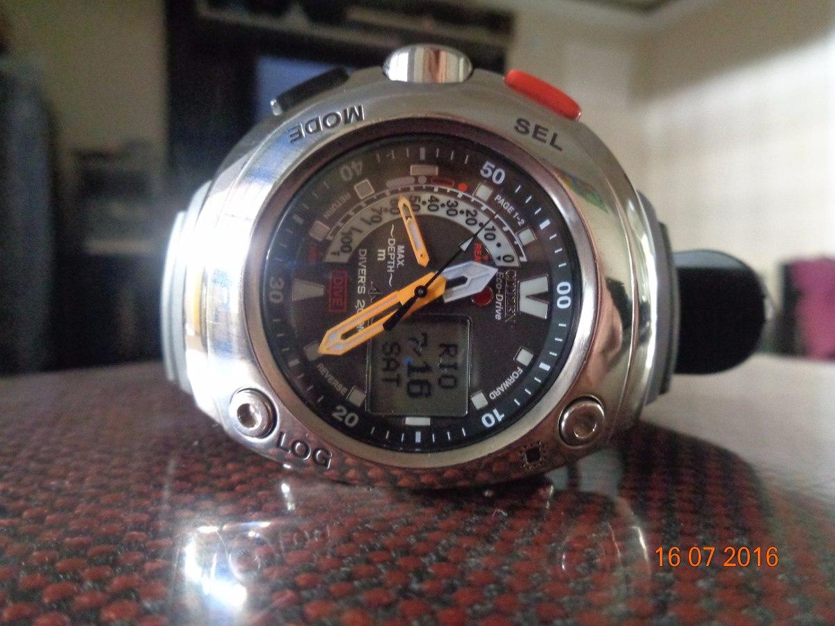 17c4c41cef0 relógio citizen aqualand meia lua jv005-03 eco driver. Carregando zoom.