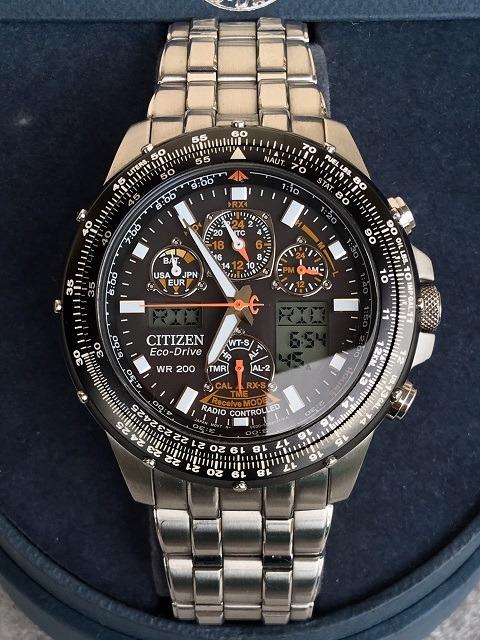 a9d4a7a4a65 Relógio Citizen Eco Drive Skyhawk Jy0000-53e Radio Control - R ...