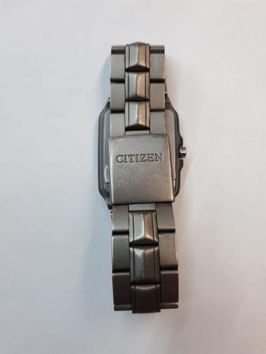 relógio citizen titanium wr100  10bar visor branco