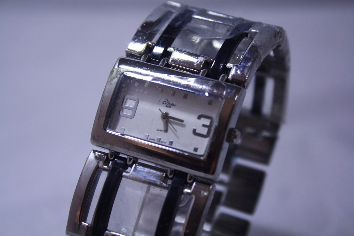 585229cc687 relógio condor new bracelete feminino quadrado prata novo. Carregando zoom.