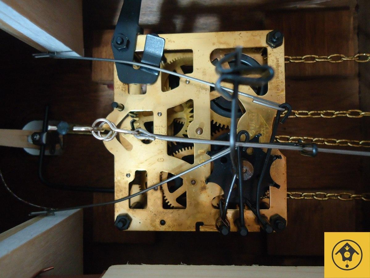 08aefc3334a relógio cuco mecânico a corda diária pássaros alemão 632. Carregando zoom.