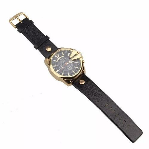 dd312c60b4f Relógio Curren Masculino Dourado Importado Preto couro 8176 - R  124 ...