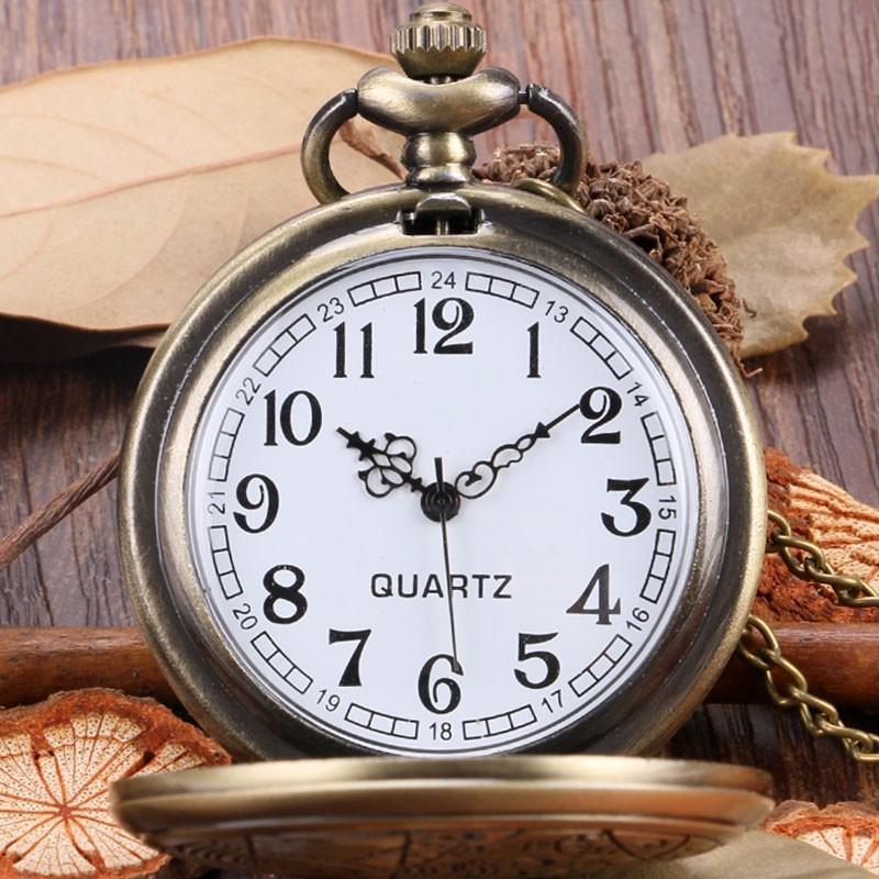 3ecef57b7cf relógio de bolso modelo retro (antigo) bronze com corrente. Carregando zoom.