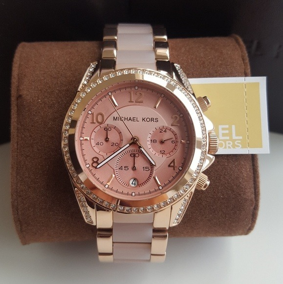 cbf92b8e84d48 Relógio De Luxo Michael Kors Mk5943 Rose Original Garantia - R  649,90 em  Mercado Livre