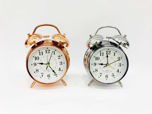 relógio de mesa analógico retro com despertador e luz