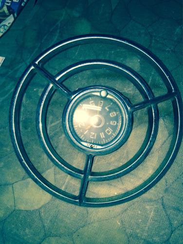 relógio de painel de carro antigo