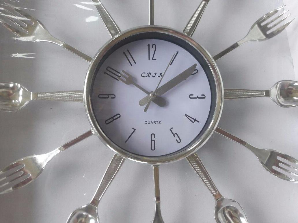 df2e1ce32da Relógio De Parede Cromado Talheres De Cozinha - Frete Grátis - R  62 ...