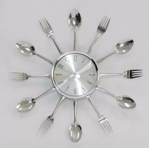 3dc93078b42 Relógio De Parede Cromado Talheres De Cozinha Grande - R  69