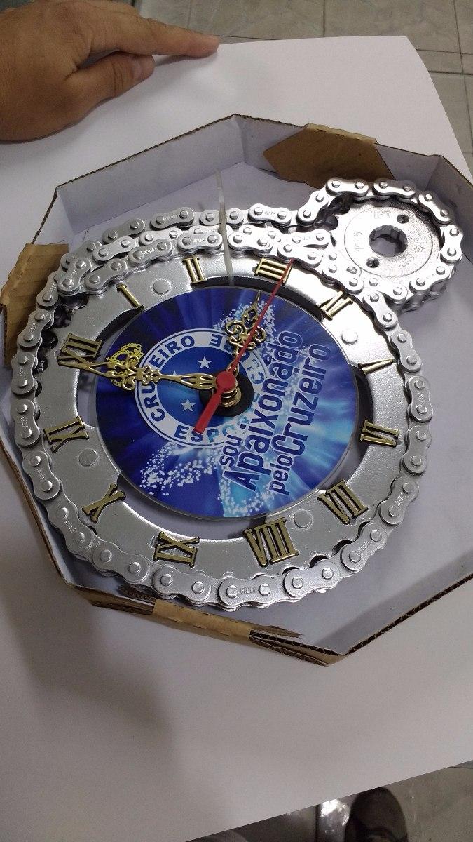 2037741a16c Relógio De Parede Cruzeiro Artesanal De Relação De Moto - R  58