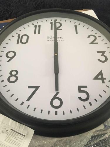 35314e214b4 Relógio De Parede Gigante - R  199