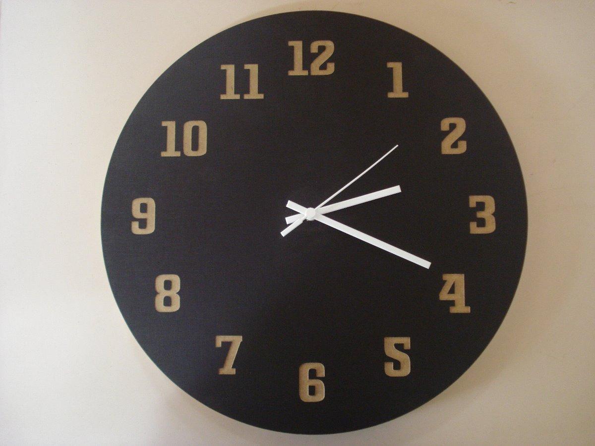 ff3af6763bc relógio de parede relógio de madeira relógio artesanal. Carregando zoom.
