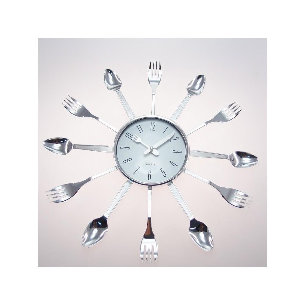 d7c922fc9c0 relógio de parede talheres cozinha plástico 15x15 cm. Carregando zoom.