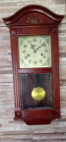 relógio de pêndulo original funcionando perfeitamente