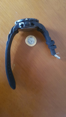 relogio de pulso 50mm preto mostrado fundo branco rarissimo