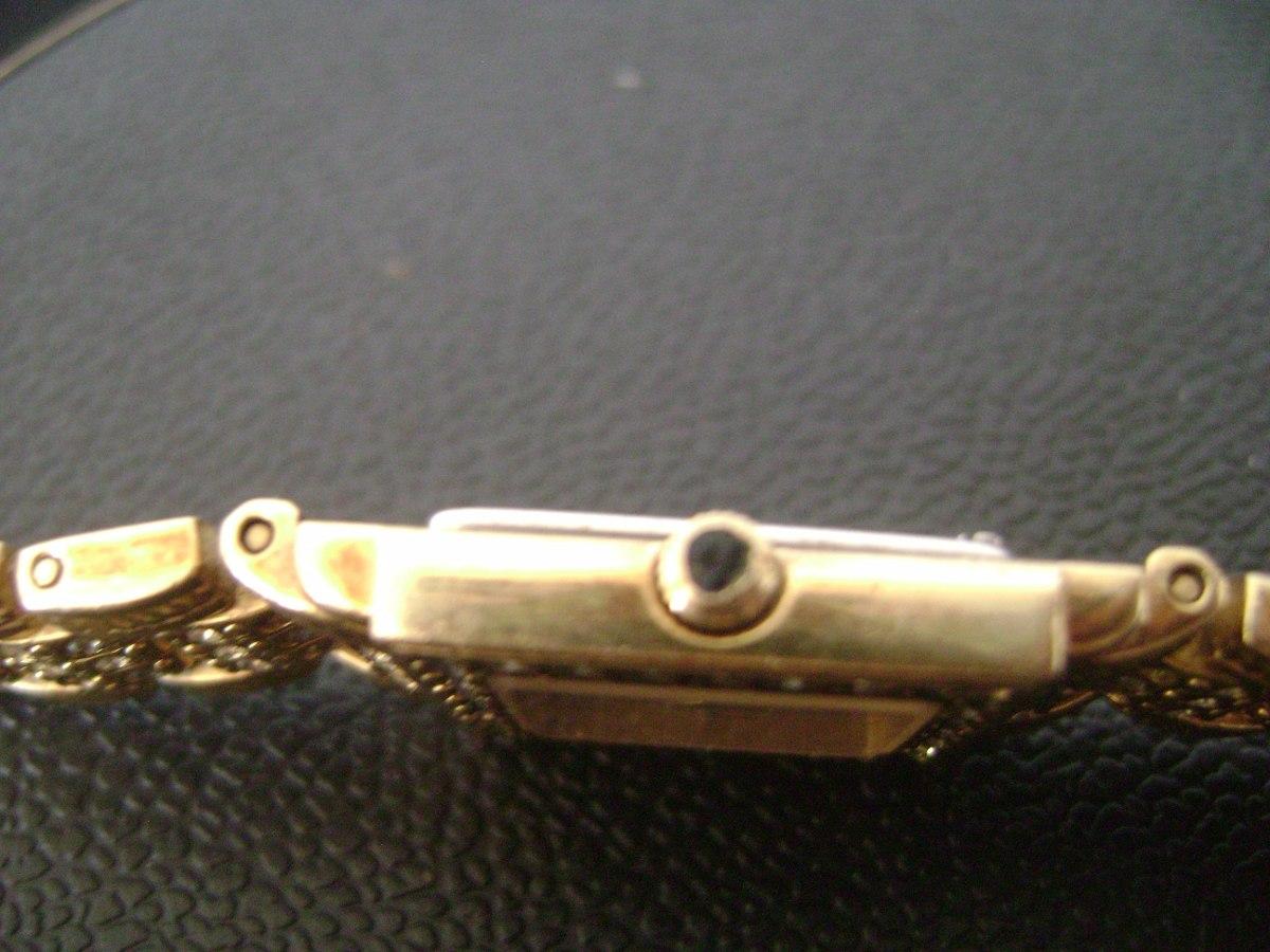 1c62aa107c2 relógio de pulso feminino em plaquê de ouro bucherer swiss. Carregando zoom.