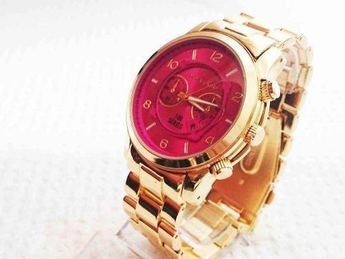 c18808add4644 Relogio De Pulso Feminino Michael Kors Mk8315 Dourado E Rosa - R  89,99 em  Mercado Livre