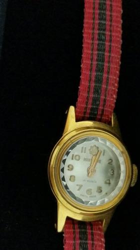 relógio de pulso folheado a ouro