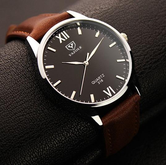 935b156fb2d Relógio De Pulso Masculino Yazole Quartz Social Luxo 318 - R  49