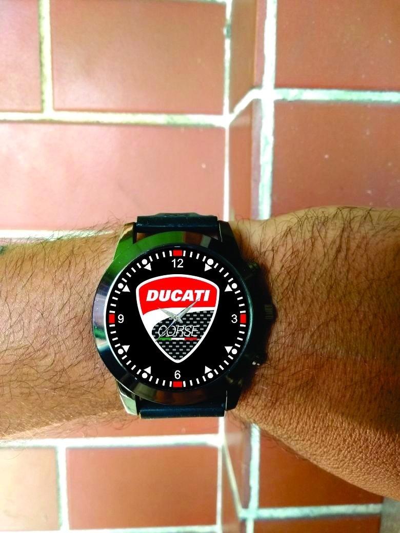 3c7d39c1a1a relógio de pulso personalizado moto logo ducati corse 899. Carregando zoom.