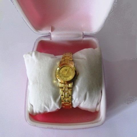 relógio de pulso q & q  pequeno feminino folhado c/garantia