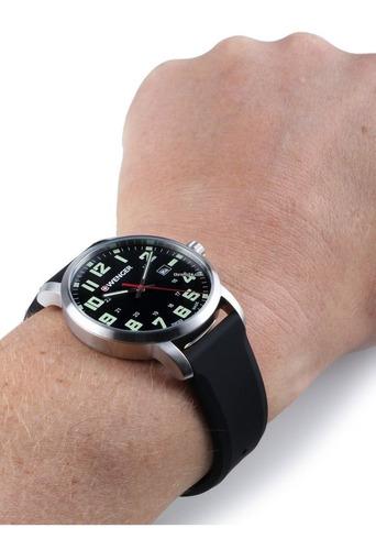 relógio de pulso suíço wenger linha avenue 42mm 01.1641.110