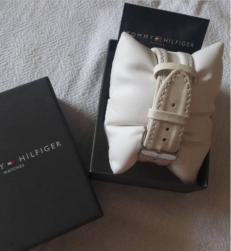 relógio de pulso tommy hilfiger com pulseira de couro  usado