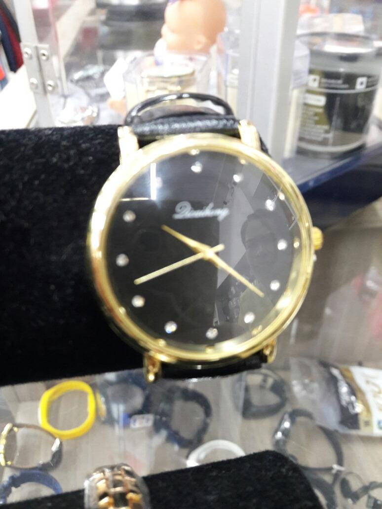 fe5055b23 relógio dicaihong feminino analógico ótima qualidade loja. Carregando zoom.
