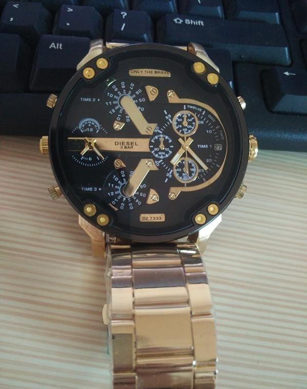ffcc8ed8f64 Relógio Diesel Dz7333 Dourado Original + Selo De Garantia - R  198 ...