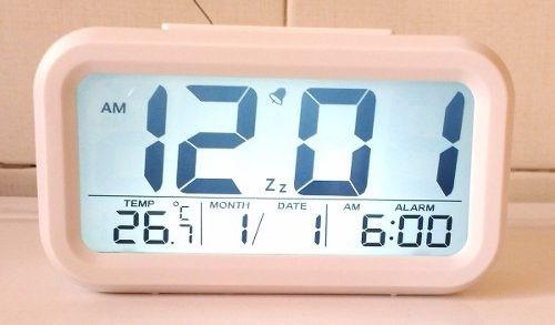 1c2037ca186 Relógio Digital De Mesa Parede Portatil Único Com Led E Lcd - R  59 ...