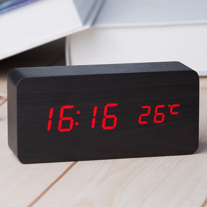 a3c62d6e3bd relógio digital led cabeceira com termômetro estilo madeira. Carregando  zoom.