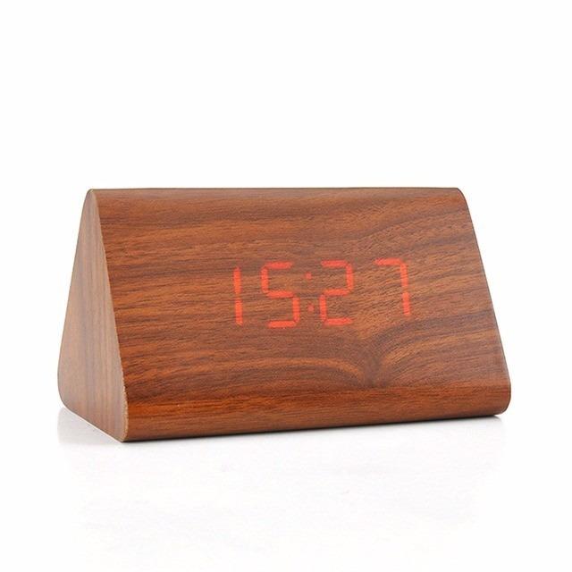 b55a61cf663 Relogio Digital Led Madeira Alarme Termo Melhor Preço - R  59