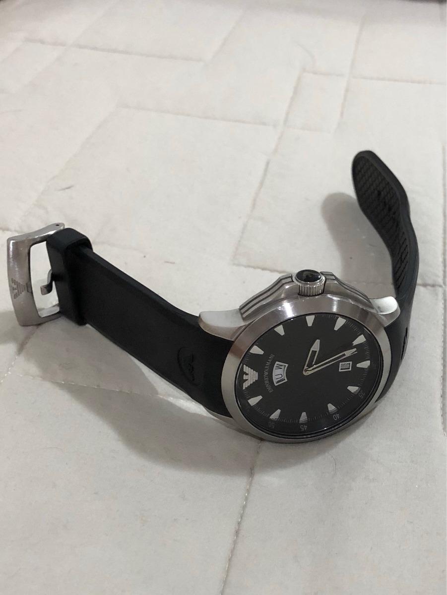 c4ff6cdef50 Relógio Emporio Armani Pulseira Borracha - R  175