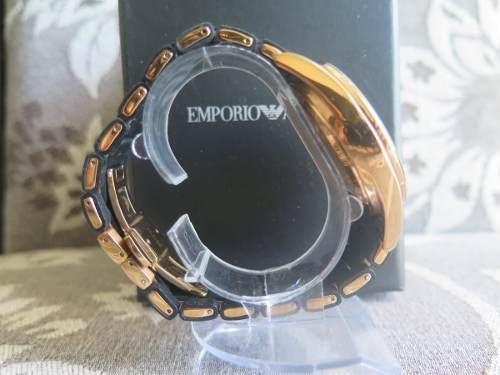 ed9763ba625 Relógio Emporio Armani Ar5905 Original Com Caixa Seminovo - R  302 ...