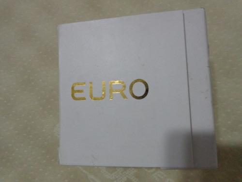 relógio euro redondo dourado, em excelente estado.