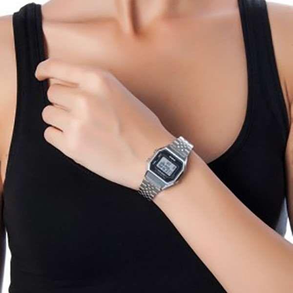 60f933611 Relógio Feminino Casio Digital Prateado Vintage La680wa-1df - R  189 ...