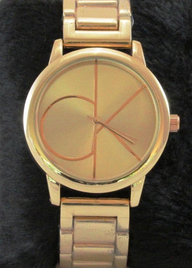 2d726d89f52 Relógio Feminino Ck Dourado + Caixa Brinde - Dia Da Mães! - R  79
