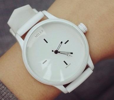 b9deadecb02 Relógio Feminino De Pulso Analógico Silicone Branco Caixa - R  79 ...
